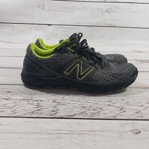 New balance mens black green gray tennis shoes